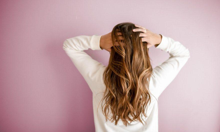 meilleurs-complements-alimentaires-cheveux